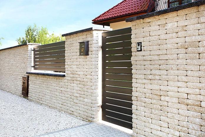 Eleganckie i wytrzymałe ogrodzenia betonowe