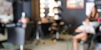Jaką odżywkę wybrać do salonu fryzjerskiego